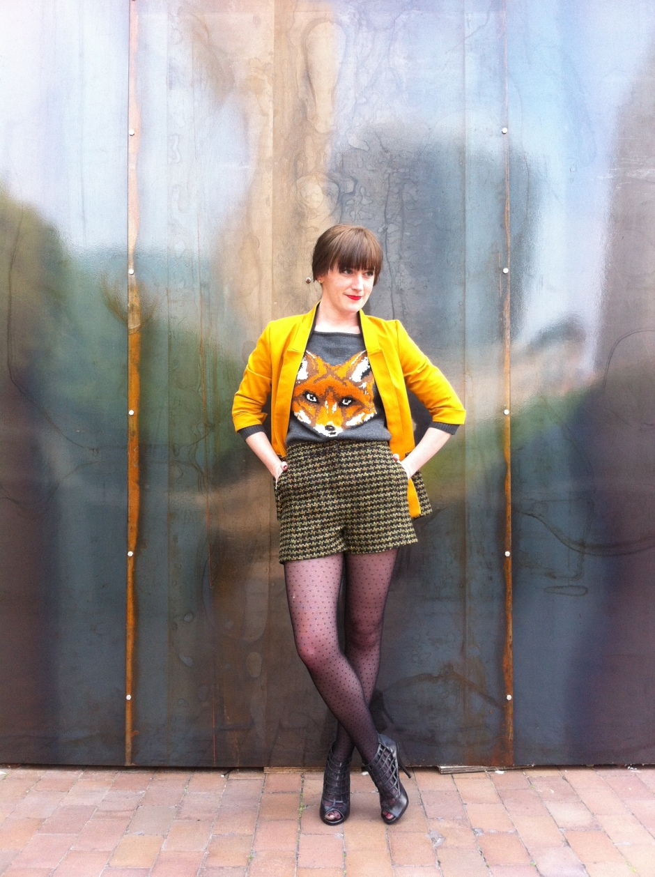 Foxy Victoria Blazer and matching Iris Shorts
